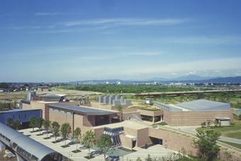 新潟県立近代美術館の写真